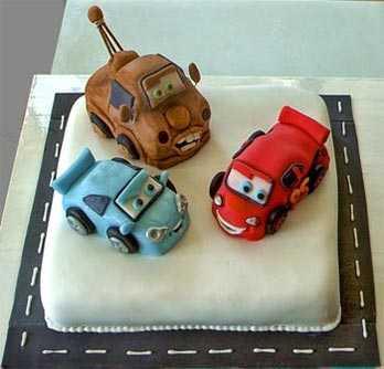 Torta-infantil-cars02